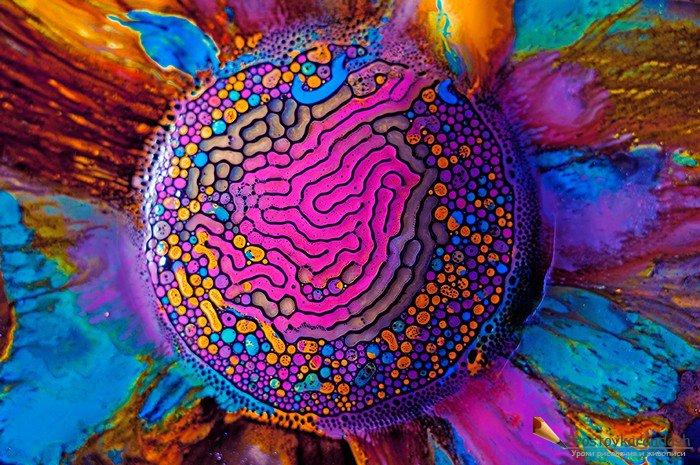 Разноцветная мозаика из акварельной